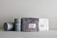 画像4: 【SALON FOR DOGS】 優しいタオル2枚セット 円筒ケース付き (4)